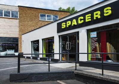 Spacers Tile and Wood Flooring Ruislip Showroom